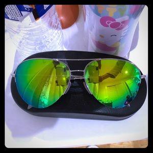 authentic Victoria Beckham sunglasses Limited